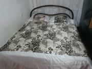 Продам двуспальную кровать, железный каркас матрац новый 35000тенге